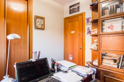 Apartment for sale in Madrid, Spain, 4 bedrooms, 140.00m2, No. 1787 – photo 14