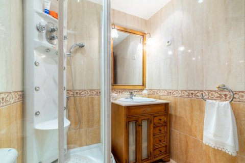 Apartment for sale in Madrid, Spain, 3 bedrooms, 73.00m2, No. 1801 – photo 22