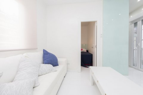 Apartment for sale in Madrid, Spain, 2 bedrooms, 46.00m2, No. 2423 – photo 8