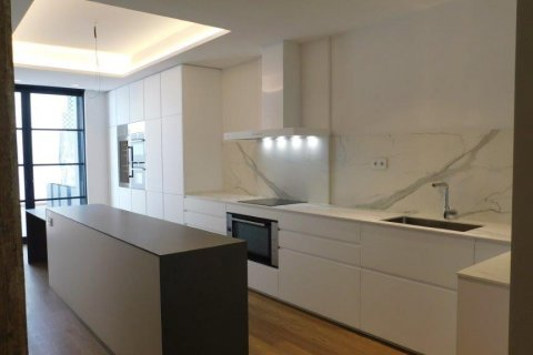 Apartment for rent in Madrid, Spain, 3 bedrooms, 300.00m2, No. 1576 – photo 28