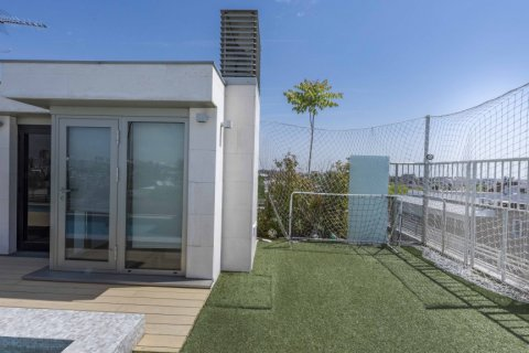 Penthouse for sale in Madrid, Spain, 4 bedrooms, 437.00m2, No. 1528 – photo 3