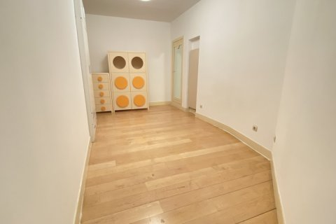 Apartment for rent in Madrid, Spain, 4 bedrooms, 150.00m2, No. 2728 – photo 18