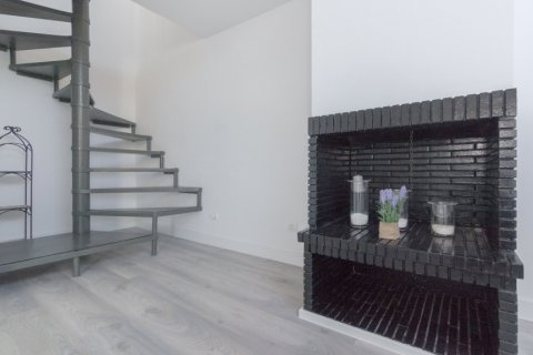 Apartment for rent in Madrid, Spain, 1 bedroom, 80.00m2, No. 1595 – photo 10