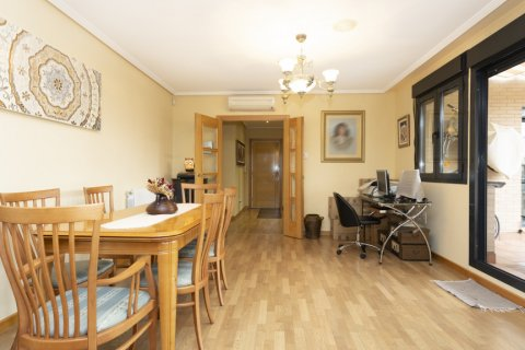 Apartment for sale in Getafe, Madrid, Spain, 4 bedrooms, 242.00m2, No. 2480 – photo 8