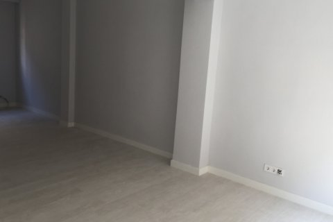 Apartment for sale in Madrid, Spain, 1 bedroom, 60.00m2, No. 1634 – photo 2