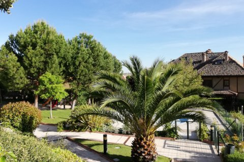 Duplex for rent in Madrid, Spain, 5 bedrooms, 300.00m2, No. 1844 – photo 4