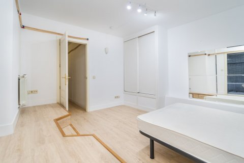 Apartment for sale in Madrid, Spain, 4 bedrooms, 160.00m2, No. 1471 – photo 5