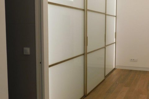 Apartment for rent in Madrid, Spain, 3 bedrooms, 300.00m2, No. 1576 – photo 12