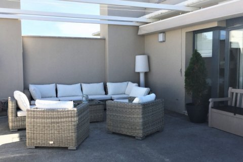 Duplex for sale in Madrid, Spain, 4 bedrooms, 192.00m2, No. 2355 – photo 16