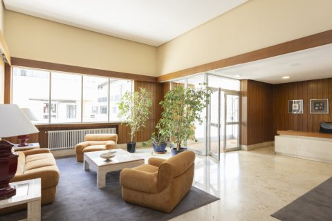 Apartment for sale in Madrid, Spain, 3 bedrooms, 245.00m2, No. 2666 – photo 22