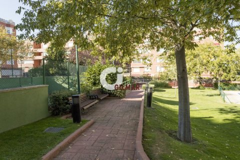 Apartment for rent in Madrid, Spain, 3 bedrooms, 127.00m2, No. 1688 – photo 21