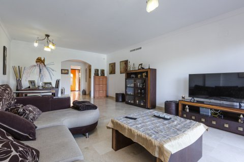 Apartment for sale in Buenas Noches, Malaga, Spain, 2 bedrooms, 104.54m2, No. 2725 – photo 8