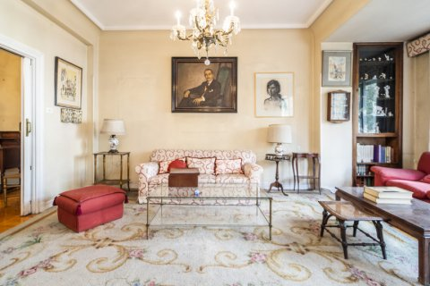 Apartment for sale in Madrid, Spain, 5 bedrooms, 168.00m2, No. 2313 – photo 14