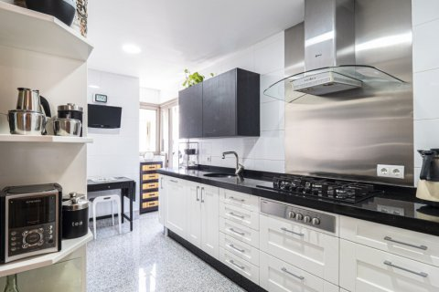 Penthouse for sale in Malaga, Spain, 3 bedrooms, 233.00m2, No. 2194 – photo 2