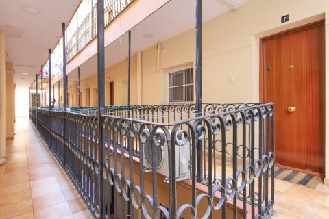 Apartment for sale in Madrid, Spain, 1 bedroom, 40.00m2, No. 2734 – photo 23