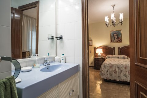 Apartment for sale in Madrid, Spain, 3 bedrooms, 117.80m2, No. 2173 – photo 28