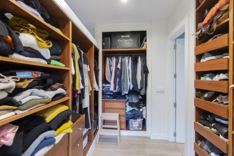 Apartment for sale in Madrid, Spain, 4 bedrooms, 330.00m2, No. 2353 – photo 16