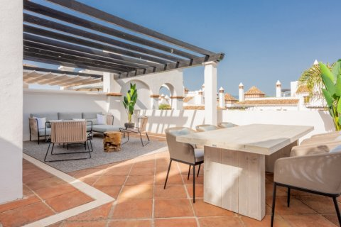 Apartment for rent in Marbella, Malaga, Spain, 2 bedrooms, 100.00m2, No. 2054 – photo 7