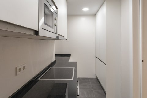 Apartment for sale in Madrid, Spain, 3 bedrooms, 136.00m2, No. 2007 – photo 10