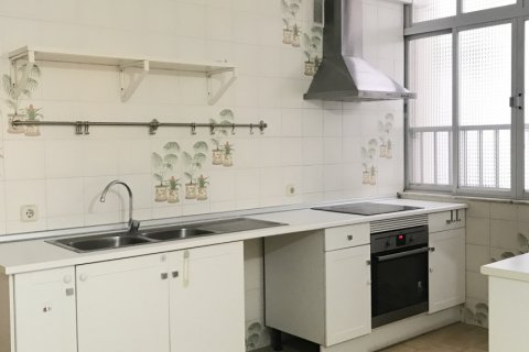 Apartment for rent in Madrid, Spain, 3 bedrooms, 127.00m2, No. 2014 – photo 20