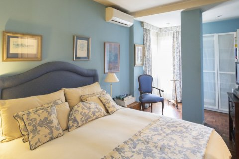 Apartment for sale in Madrid, Spain, 3 bedrooms, 227.00m2, No. 1943 – photo 13