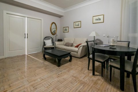 Apartment for sale in Madrid, Spain, 5 bedrooms, 236.00m2, No. 1569 – photo 8