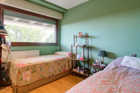 Duplex for sale in Madrid, Spain, 3 bedrooms, 160.00m2, No. 2326 – photo 26