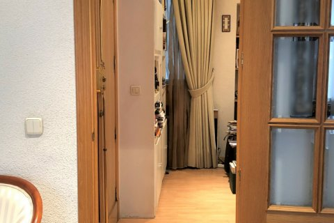 Apartment for rent in Espana, Madrid, Spain, 3 bedrooms, 180.00m2, No. 1639 – photo 5