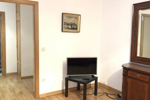 Apartment for rent in Madrid, Spain, 3 bedrooms, 150.00m2, No. 1463 – photo 8