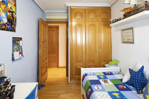 Apartment for sale in Madrid, Spain, 2 bedrooms, 91.00m2, No. 2073 – photo 10