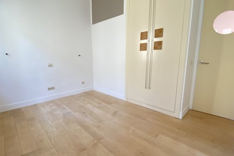 Apartment for rent in Madrid, Spain, 4 bedrooms, 150.00m2, No. 2728 – photo 13
