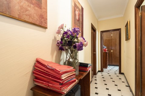 Apartment for sale in Malaga, Spain, 5 bedrooms, 181.00m2, No. 2193 – photo 9
