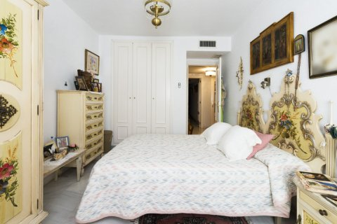 Apartment for sale in Malaga, Spain, 3 bedrooms, 142.00m2, No. 2263 – photo 16