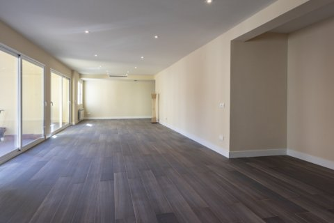 Apartment for sale in Madrid, Spain, 4 bedrooms, 290.00m2, No. 2043 – photo 29