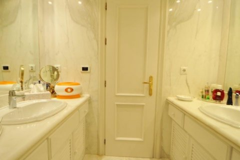 Penthouse for sale in Torremolinos, Malaga, Spain, 3 bedrooms, 331.00m2, No. 2459 – photo 15