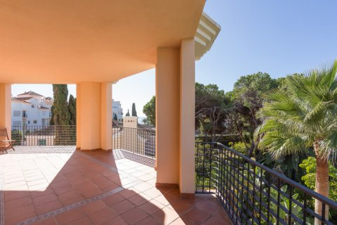 Penthouse for rent in Puerto Banus, Malaga, Spain, 4 bedrooms, 695.00m2, No. 1949 – photo 12