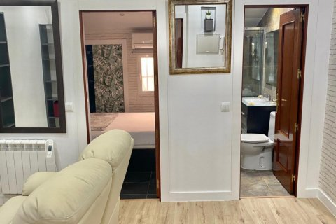 Apartment for sale in Madrid, Spain, 2 bedrooms, 55.00m2, No. 2332 – photo 2