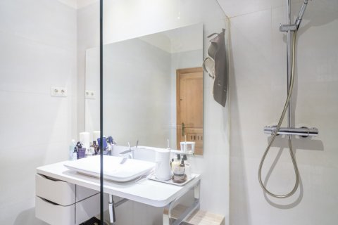 Apartment for sale in Madrid, Spain, 5 bedrooms, 384.00m2, No. 2372 – photo 31