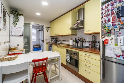 Apartment for sale in Madrid, Spain, 3 bedrooms, 132.00m2, No. 1694 – photo 2
