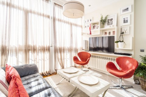 Apartment for sale in Madrid, Spain, 4 bedrooms, 213.00m2, No. 2415 – photo 14