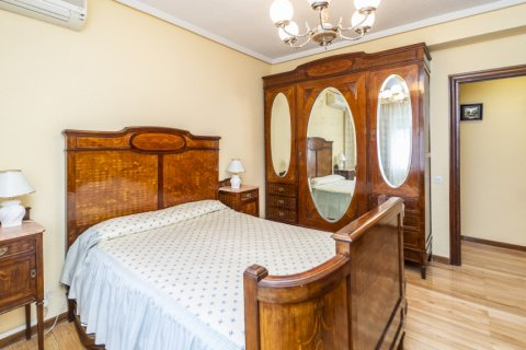 Apartment for sale in Madrid, Spain, 4 bedrooms, 152.00m2, No. 2316 – photo 18