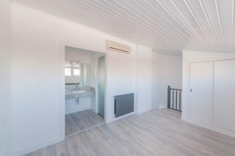 Apartment for rent in Madrid, Spain, 1 bedroom, 80.00m2, No. 1595 – photo 20
