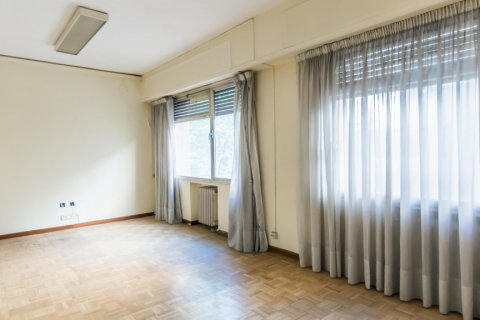 Apartment for sale in Madrid, Spain, 4 bedrooms, 261.00m2, No. 1652 – photo 9