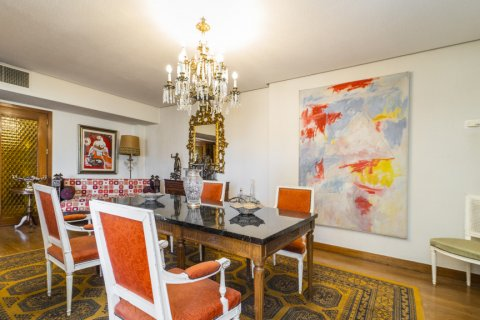 Apartment for sale in Madrid, Spain, 6 bedrooms, 414.00m2, No. 2470 – photo 8