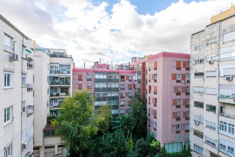 Apartment for sale in Madrid, Spain, 3 bedrooms, 167.00m2, No. 1945 – photo 15