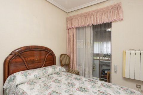 Apartment for sale in Madrid, Spain, 5 bedrooms, 114.00m2, No. 2670 – photo 19