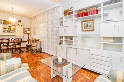 Apartment for sale in Madrid, Spain, 3 bedrooms, 78.00m2, No. 2330 – photo 1