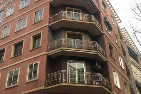 Apartment for sale in Madrid, Spain, 3 bedrooms, 90.00m2, No. 2050 – photo 3