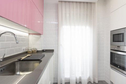 Apartment for sale in Parla, Madrid, Spain, 3 bedrooms, 133.00m2, No. 2615 – photo 3