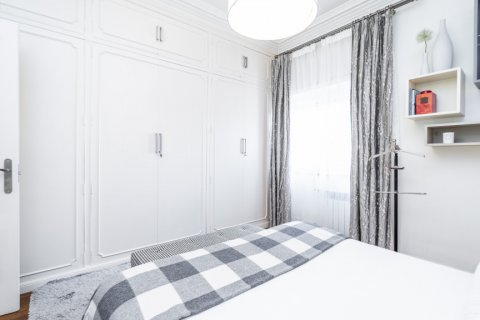 Apartment for sale in Madrid, Spain, 4 bedrooms, 213.00m2, No. 2415 – photo 29